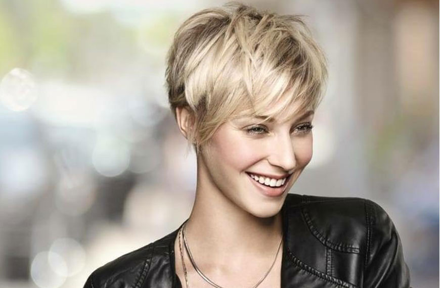 Blonde Woman with a new haircut on gallery